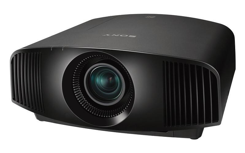 I proiettori 4K originali di Sony includono la tecnologia TV Sony Bravia