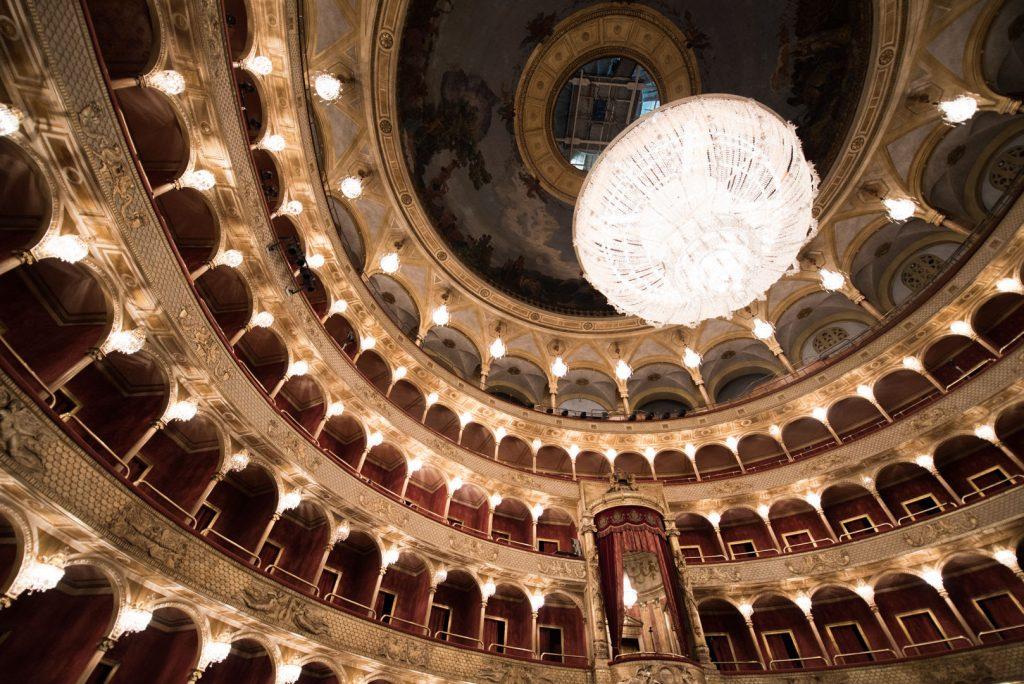 Il Teatro dell'Opera di Roma lancia il suo programma di raccolta fondi e ne annuncia la riapertura