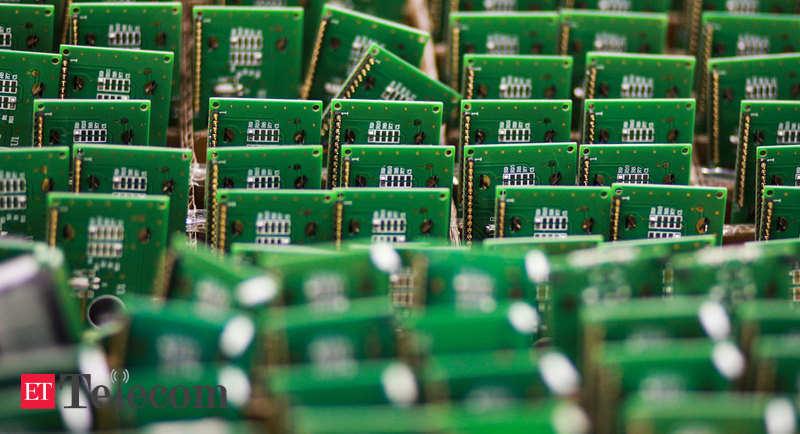 La carenza di chip danneggia la produzione globale;  Electronics, Telecom News, ET Telecom colpite