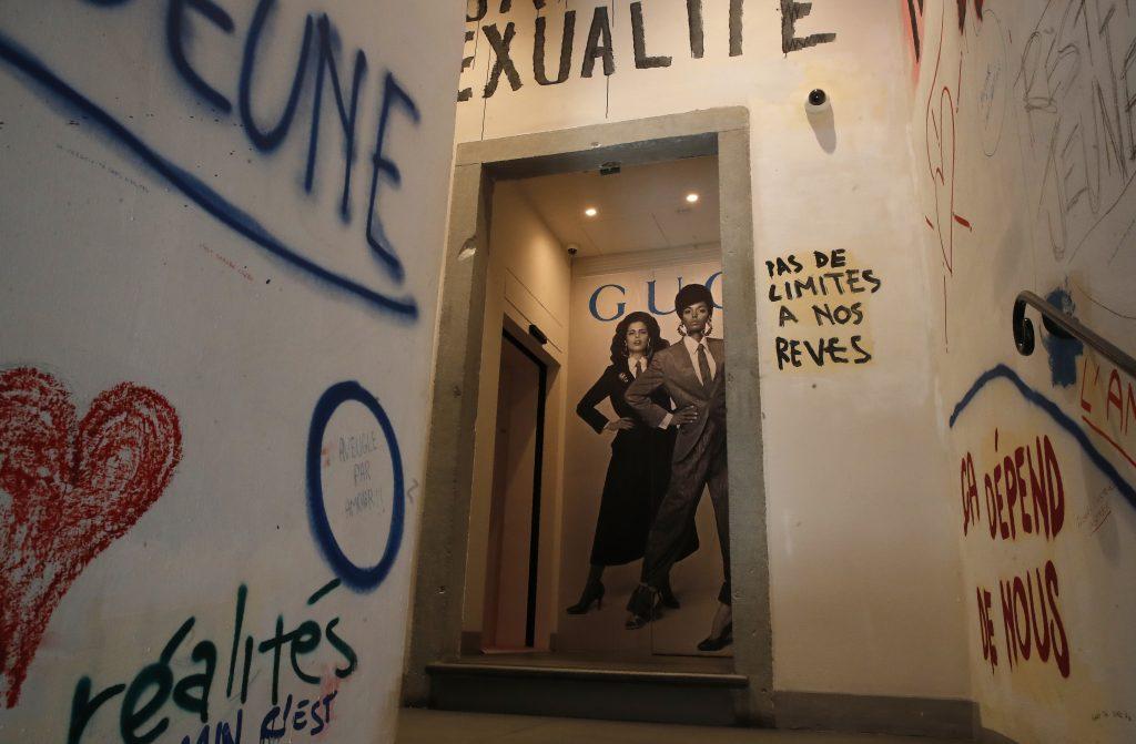 Gucci celebra i 100 anni con una mostra sull'infrangere il codice di Michel - FOX23 News