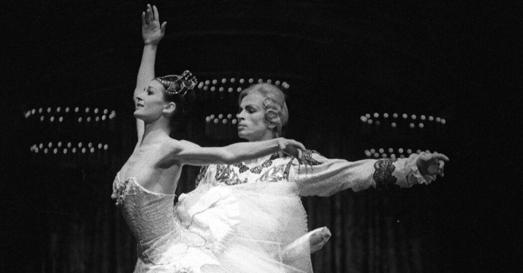 Muore a 84 anni Carla Fracci, espressiva attrice del balletto italiano