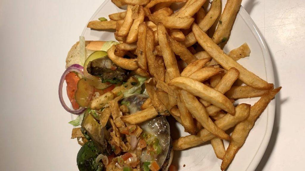 Recensione del ristorante: più che ottima tariffa italiana da Nayeli's Pizza |  Recensioni di cibo