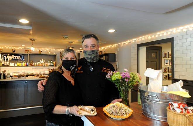 I fratelli Antonella Fernandez e Nick Musset, discendenti delle famiglie che possedevano Le Cicero a Orleans, hanno aperto il Cebu Italian Market in Cove Street a Orleans, dove un tempo si trovava VERS.