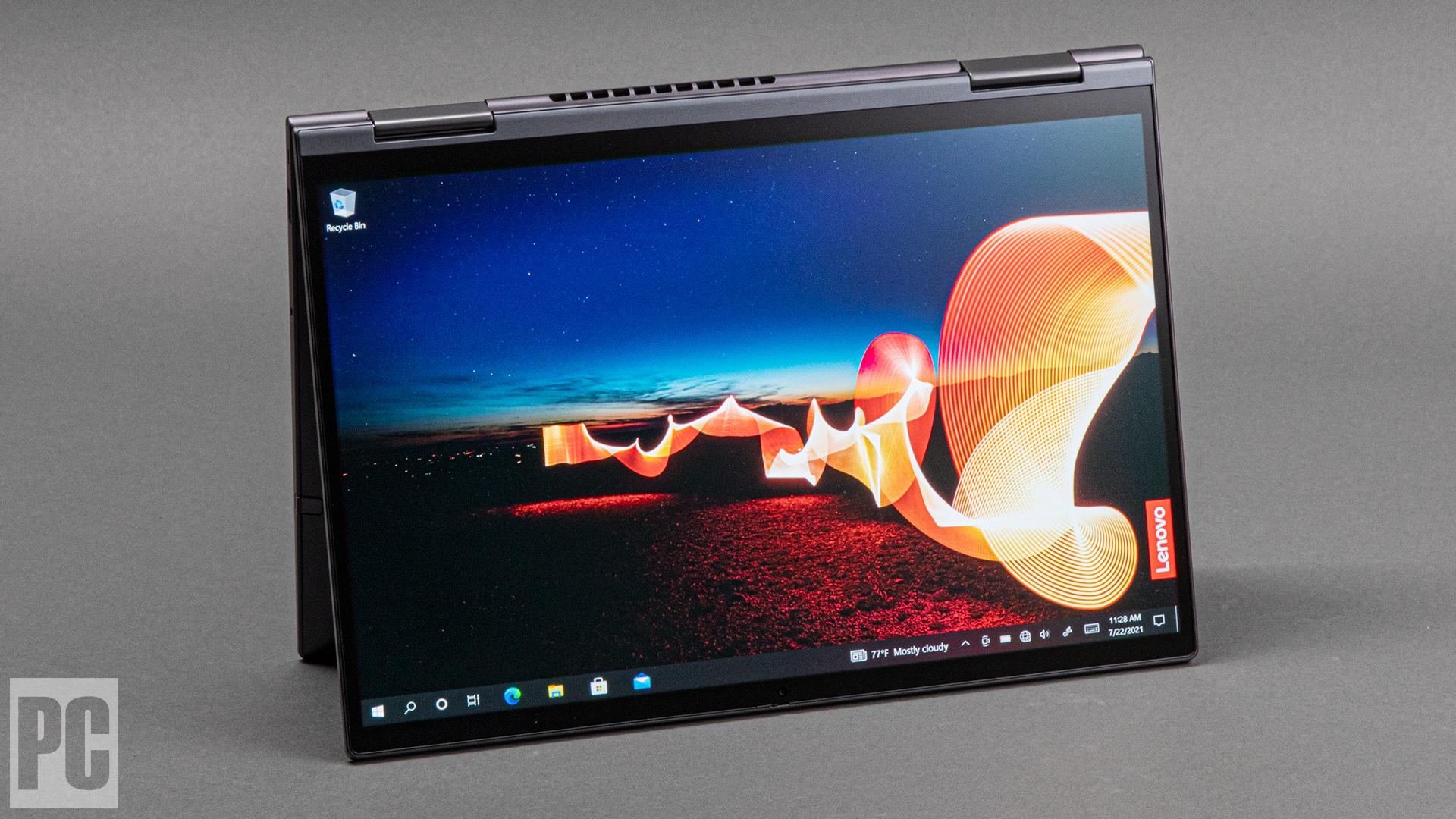 Lenovo ThinkPad X1 Yoga Gen 6 (2021) (modalità tablet)