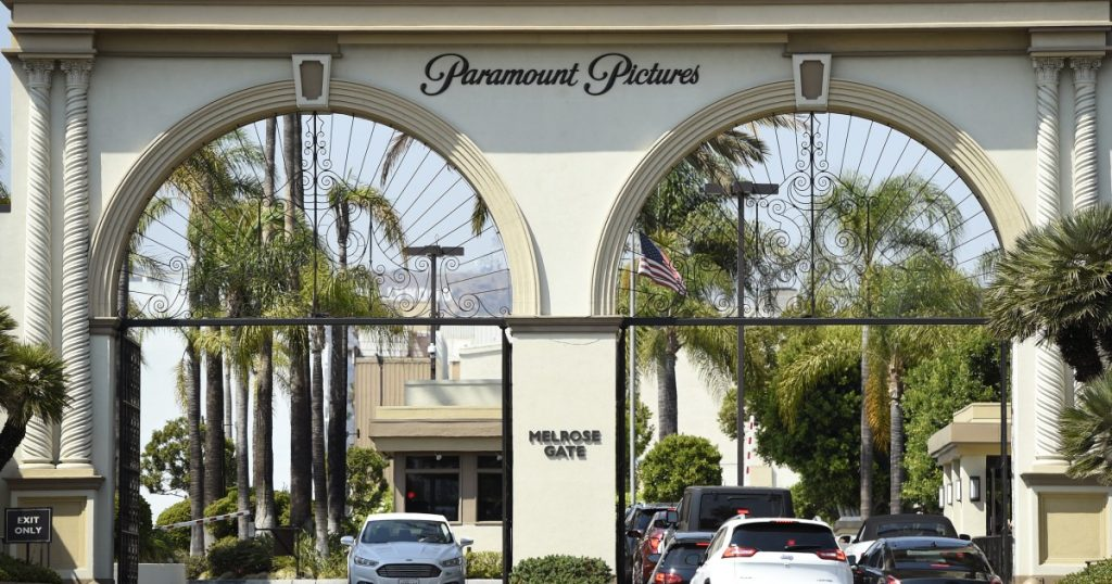 """La Paramount fa causa alla compagnia di assicurazioni per il film """"Mission Impossible 7"""""""