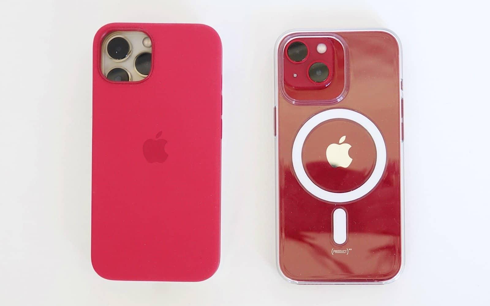 L'iPhone 13 Pro non si adatta alla custodia dell'iPhone 13 (a sinistra), ma l'iPhone 13 si adatta alla custodia dell'iPhone 13 Pro (a destra).