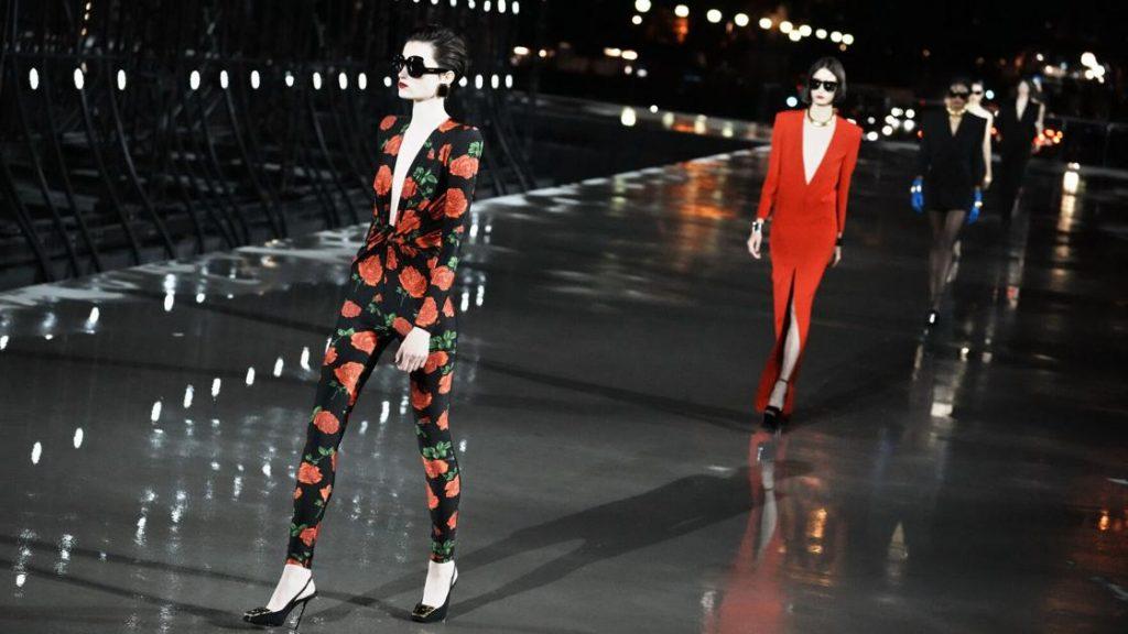 La Paris Fashion Week entra nella sua seconda giornata intera    intrattenimento