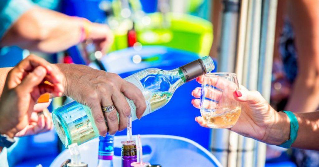 La 24a edizione del Neptune Fall Wine Festival torna a Virginia Beach