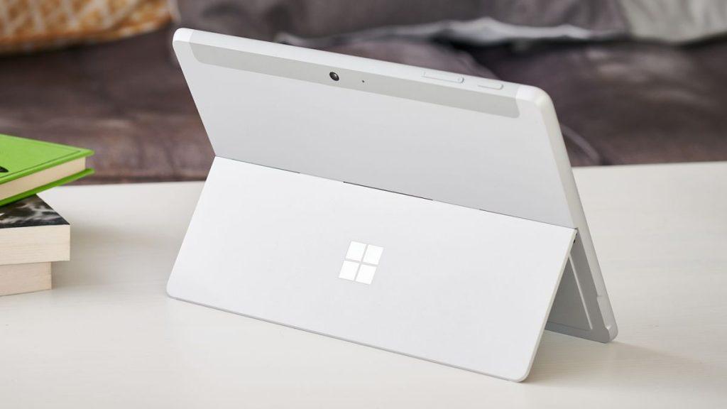La perdita di Surface Go 3 rivela le possibili specifiche del tablet 2 in 1