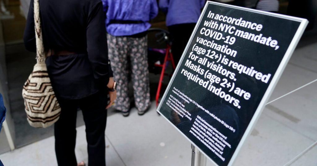 Il trend Covid: l'accesso alle libertà dipende sempre più dalla vaccinazione